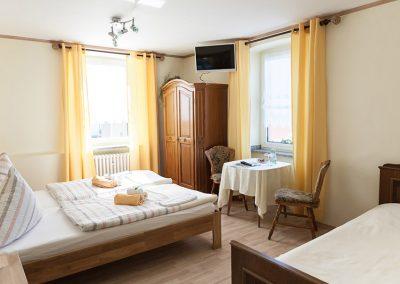 Dreibettzimmer (ca. 16 m²) - Bild 1